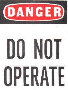 1083528_danger_do_not_operate.jpg