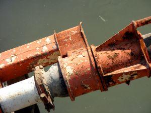 1219342_rusty_pipeline.jpg