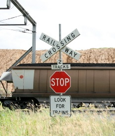 Railroad_Crossing.jpg