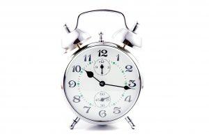 metal-clock-1215187-m.jpg