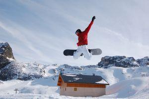 snowboard-jump-1149772-m.jpg