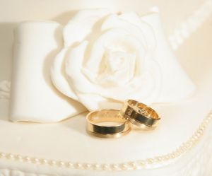 wedding-ring-951344-m.jpg