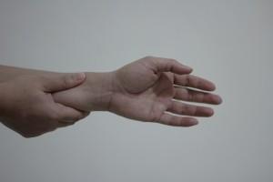 wrist-pain-1445343-1-m